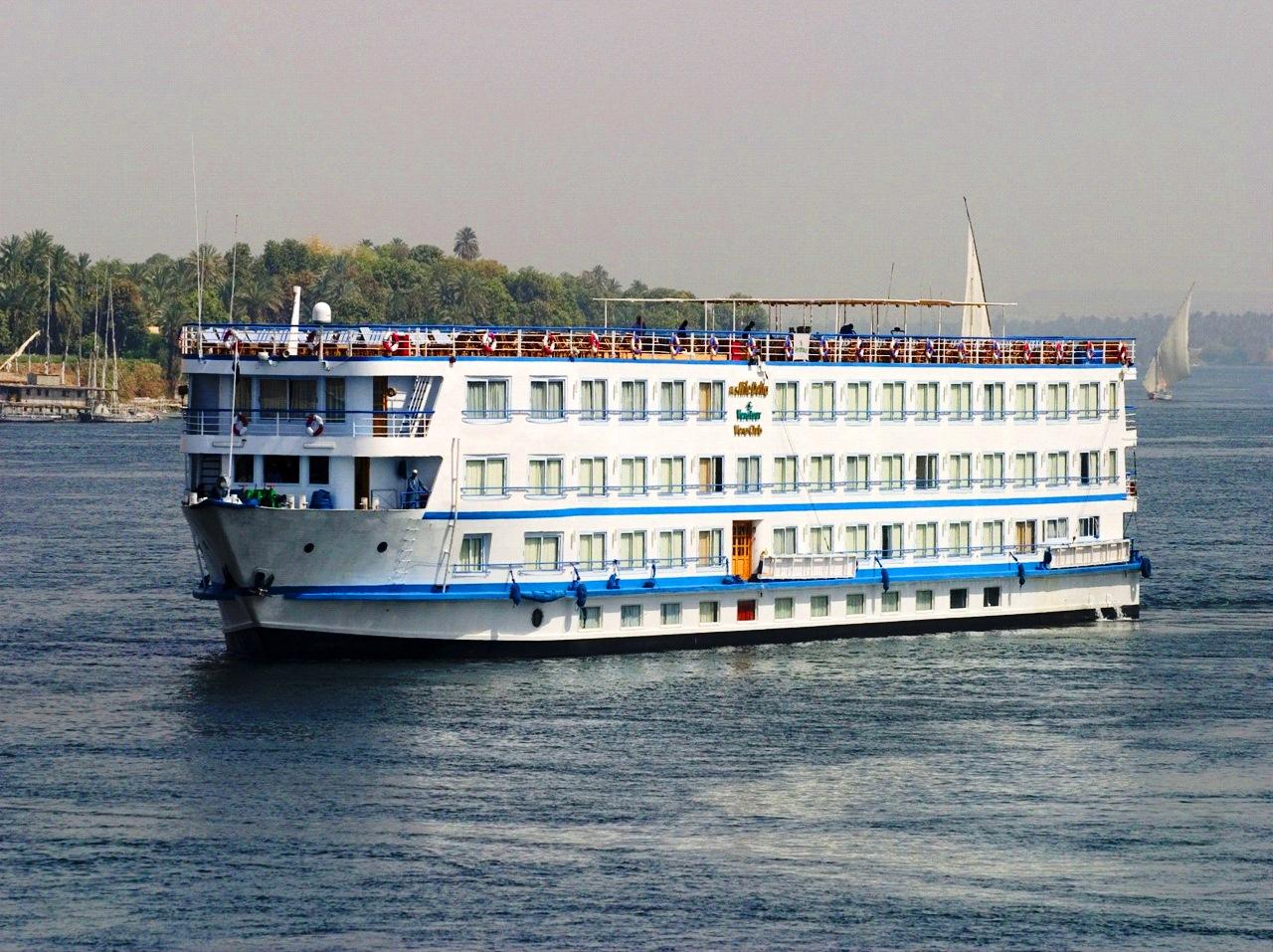 2 Nights Hurghada & 7 Nights Nile Cruise