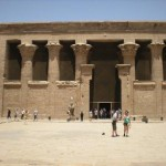 معبد ادفو 2