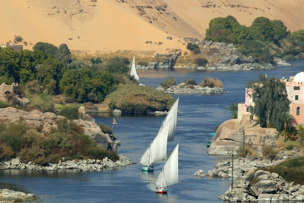 Luxor – Aswan – Luxor Nile Cruise Tour 8 Days / 7 Nights