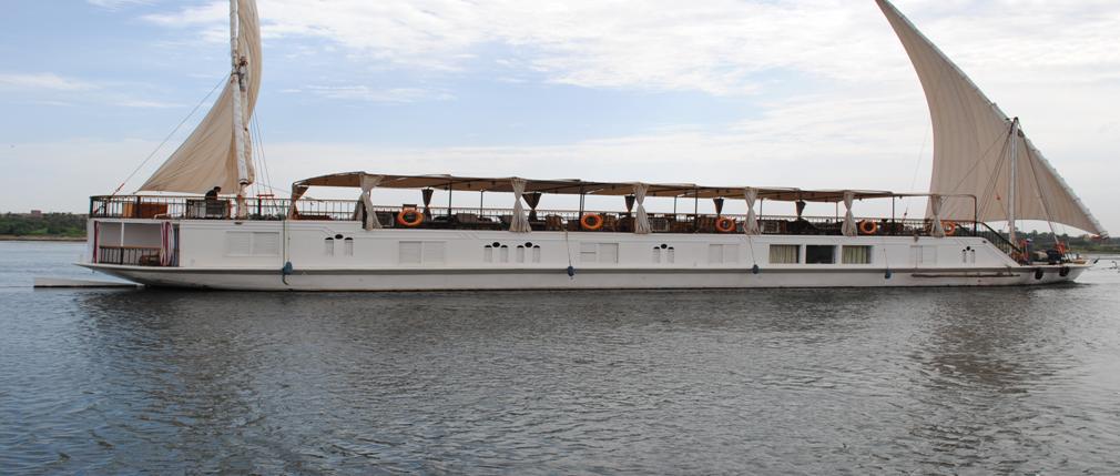 Luxor – Aswan – Luxor Dahabiya Sailing Nile Cruise Adventure Tour Package 8 Days / 7 Nights